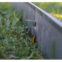 Bordura giardino ad incastro in acciaio zincato 2 m x 5 pz. sp. 2 mm con picchetti